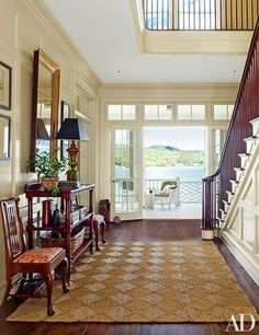 On the picturesque shores of Lake Placid, architect Gil Schafer crafts a family house inspired by the character and charm of classic Adirondack retreats Note trolley Architectural Digest, Cottage Design, House Design, Foyer Design, Design Design, Design Ideas, New Home Construction, Lake Cottage, Coastal Cottage