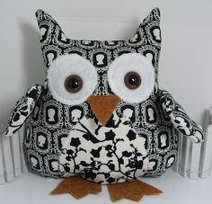 Check out Shirley's Owls............ she's obsessed with them and they make great gifts!