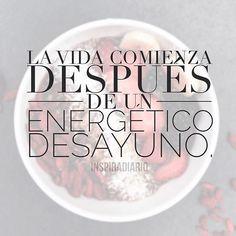Al despertar toma un vaso con agua, recuerda hidratar tu cuerpo y más allá; tus órganos, vienen de 8 horas de descanso, con esta acción ayudas a tu cuerpo a funcionar adecuadamente. ¡Desayuna! no te vayas a realizar tus actividades sin esta importante dosis de energía, te mantiene alerta, de buen humor y receptivo para disfrutar de este nuevo día. PD: Si lo prefieres, agua con limón en las mañanas también funciona. #tips #mañana #desayuna #vidasaludable #mentesana #espiritual