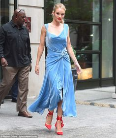 085a387e31 Chic  Rosie Huntington-Whiteley was spotted stepping out in New York City  on Tuesday