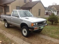 1982-Datsun-Nissan-4x4-Wheel-Drive-720-Model-Pickup-No-Rust-Truck-Mint-Condition