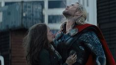 thor the dark world jane foster on set  | Thor and Jane Foster, reunited! And now Thor's his own mode of ...