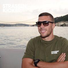 """STRASSENKICKER on Instagram: """"STRASSENKICKER STYLE  www.strassenkicker.com #poldi #lp #strassenkicker #new #streetwear #style #feel #good"""""""