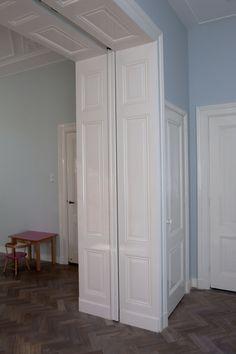 Detail Doorgangspanelen, deze kunnen recht en schuin geplaatst worden in het…