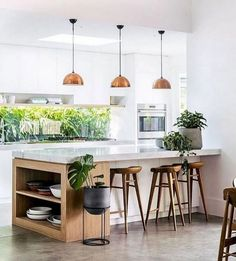 On the topic of small kitchen designs, you need to know and comprehend its basic rules to be able to . Read Elegant First Apartment Small Kitchen Bar Design Ideas Small Kitchen Bar, Kitchen Tiles Design, Central Kitchen, Interior Design Kitchen, Home Design, New Kitchen, Kitchen Ideas, Awesome Kitchen, Design Ideas