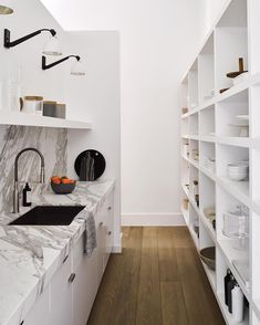 Every kitchen remodel begins with a design suggestion. Use these kitchen remodeling ideas to add worth and also great deals of feature to your home during your kitchen remodel planning phase. Kitchen Butlers Pantry, Kitchen Pantry Design, Butler Pantry, Big Kitchen, Kitchen Storage, Custom Dining Tables, Open Cabinets, White Cabinets, Custom Built Homes
