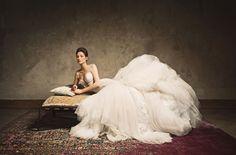 Dutch Masters Wedding Design by Fine Weddings & Parties, Photos: Zuzu Birkhof, Wedluxe, bridal fashion editorial beautiful, bridal fashion editorial, bridal fashion style inspiration, bridal fashion haute couture, vera wang, galia lahav, bridal fashion gown, peter Langner, bridal harpers bazaar, luxury weddings, ELLE, Vogue, luxury bridal, jewelry, flowers, bridal bouquet