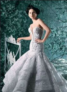 Michael Cinco Couture Wedding Gowns - http://casualweddingdresses.net/couture-wedding-gowns-haute-couture-for-the-revolutionary-bride jaglady
