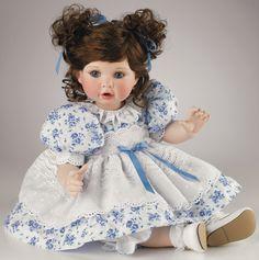 """Ginny -14"""" doll"""