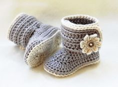 Crochet Baby Shoes Crochet Baby Girl Bootie Shoes by LoopsInBloom