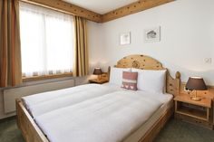 "Doppelzimmer Grand Lit ""Piz Ot"" Spa Hotel, Hotels, Restaurant, Bed, Furniture, Home Decor, Double Room, Decoration Home, Stream Bed"