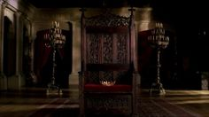 Season 1 Throne With Crown - Wideshot