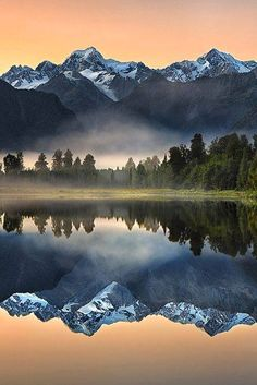 Lake Matheson, New Zealand https://www.facebook.com/Wonderful.Places.To.See.Before.You.Die/photos/a.637730706255050.1073741828.637720599589394/1905966906098084/?type=3&theater