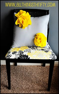 DIY throw pillows..I'm digging yellow with the black and white