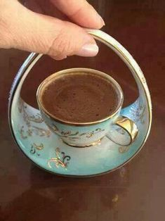 Turkish coffee, how cute this little cup is !~ Turkish coffee, how cute this little cup is ! Cuppa Tea, Teapots And Cups, Mocca, My Cup Of Tea, Coffee Love, Coffee Set, Coffee Girl, Black Coffee, Hot Coffee