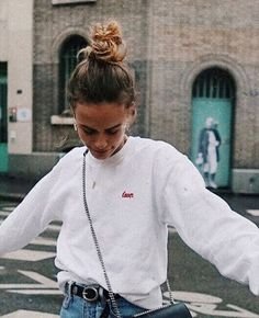 83 Charming Spring Work Outfits To Wear To The Office Look Fashion, Street Fashion, Fashion Beauty, Womens Fashion, 90s Fashion, Instagram White, Looks Style, Style Me, Teen Fashion