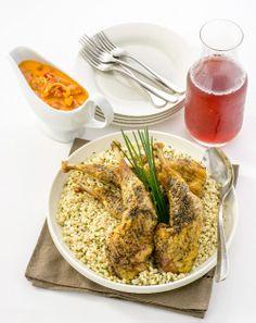 CUISSES DE PINTADE À L'ORGE PERLÉ Un plat assez beau pour recevoir des amis et assez facile à faire pour les repas de semaine.