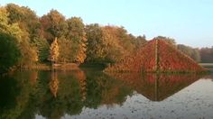 Visit with us the Pueckler Park Branitz in Cottbus on a beautiful autumn day.