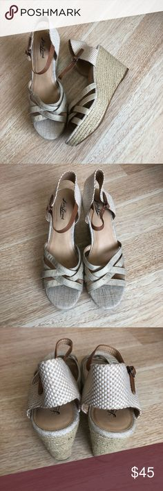 Lucky Brand Natural Tan Wedges Lucky Brand Natural Tan Wedges. Size 9.5. Never worn. Made of a natural looking material, very pretty. Still have the size tags. Just not my style. No trades. Make me an offer! Lucky Brand Shoes Wedges