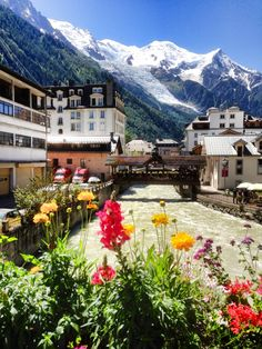 Chamonix is a commune in the Haute-Savoie département in the Rhône-Alpes region in south-eastern France. Wonderful Places, Great Places, Places To See, Beautiful Places, Places Around The World, Travel Around The World, Around The Worlds, Dream Vacations, Vacation Spots