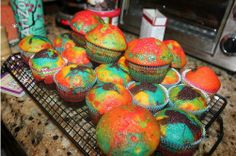 psychedelic little muffins Little Muffins, Psychedelic, Desserts, Food, Tailgate Desserts, Deserts, Essen, Dessert, Alcohol Intoxication