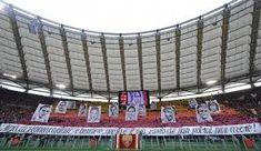 Risultati immagini per tifo e bandiere as roma Totti Roma, Motogp, Derby, Fair Grounds, Grande