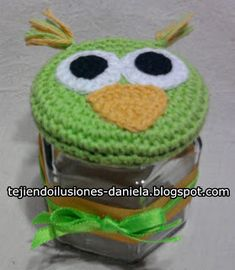 tejido crochet y artesanías: FRASCO DECORADO. Baby Jars, Pots, Mug Cozy, Mason Jar Lids, Cross Stitching, Crochet Baby, Crochet Patterns, Baby Shower, Cactus