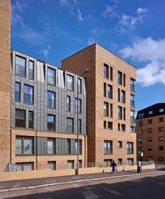 The strategy for 716 Argyle Street focuses on the creation of a contemporary tenement building which adheres to the principles of maximising space and light....