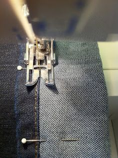 [ little observations ]: how to hem jeans and keep the original stiching: a DIY for short people!