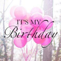 Pueeeeeees eso... Que es mi cumple hoy!!  . Seguro que luego comparto más de este día, pero quería AGRADECER a tod@s los que me habéis felicitado ya,  desde lejos o desde cerca, pero de todo corazón ❤ . Gracias!!!!  . . . . . #cumpleaños #esmicumple #felizcumpleaños #felicidades #birthday #birthdaygirl #happybirthdaytome #gracias #millonesdegracias #muchosbesos