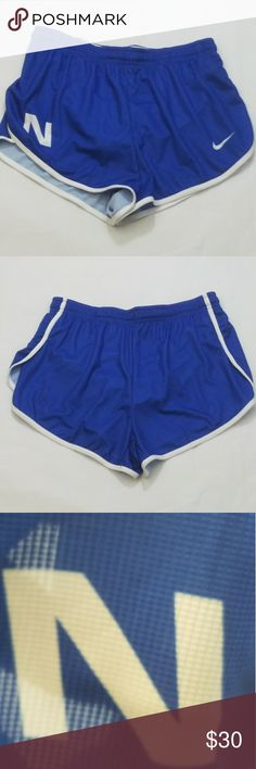 Women's Nike Running Shorts Team Issued Med Women's Nike Running Shorts Team Issued Med  New without tags   B1 nike Shorts
