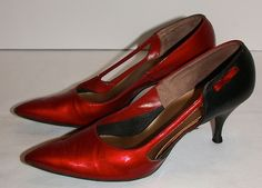 Vtg 1950s 60s Red Black Patent Leather Pinup Kitten Stiletto Heels
