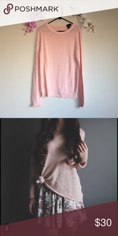 Blush Over-sized Sweater Brandy Melville pink sweater. Oversized fit. 🅿️🅿️ Ⓜ️👍🏼 Brandy Melville Sweaters