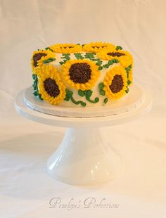 Wedding & Special Event Cakes, Desserts & More! Sunflower Birthday Cakes, Sunflower Party, Sunflower Cakes, First Birthday Cakes, Birthday Ideas, Cool Wedding Cakes, Elegant Wedding Cakes, Cupcake Cookies, Cupcakes