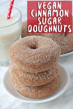 vegan dessert Baked vegan cinnamon sugar doughnuts that will fulfill all of your doughnut dreams! Theyre perfectly spiced, soft, fluffy and are coated with cinnamon and sugar. These vegan doughnuts can also be made gluten free! Desserts Végétaliens, Vegan Dessert Recipes, Vegan Sweets, Gourmet Recipes, Vegan Baking Recipes, Egg Free Desserts, Best Vegan Desserts, Easy Recipes, Delicious Desserts