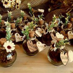 Coffee Bean Wedding Candy - Daisy Kahve Çekirdekli Nikah Şekeri – Papatya – Coffee B… en 2020 Wedding Candy, Wedding Favours, Diy Wedding, Rustic Wedding, Engagement Decorations, Wedding Decorations, Lavender Bags, Wedding Gifts For Guests, Happy Eid