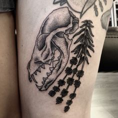 rwatattoo:  Fox skull & lavender, thanks Ellie. #offkeytattoostudio #offkey…