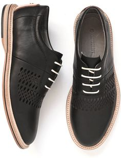 Modern, Handcrafted Shoes for Men from Thorocraft.. I really would look very preppy in this new sneakers of mine! hehehe!