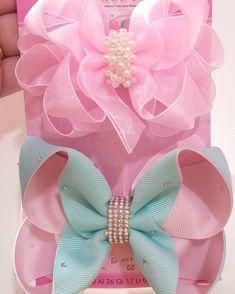 Diy Bow, Diy Hair Bows, Homemade Bows, Girls Bows, Ribbon Bows, Girl Hairstyles, Hair Clips, Polymer Clay, Girl Outfits