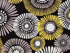 Straw Daisy, Citron by Michael Miller