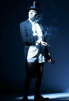 John Galliano at the Christian Dior s/s 2006 show at Paris Fashion Week.