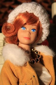 Vintage Fashion Queen Midge Monique Wig: Penny in Carrot Red Vintage Barbie Kleidung, Vintage Barbie Clothes, Vintage Dolls, Doll Clothes, Play Barbie, Barbie Skipper, Barbie And Ken, Barbie Stuff, Barbie Sisters