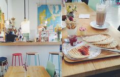 Café Cometa in Barcelona.| My Ideal Day by ScatteredConfetti