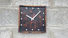 Wall Clock Wooden, Wood Clocks, Unique Wall Clocks, Piece Of Me, Home Gifts, Industrial Design, Inventions, Modern Design, Closet