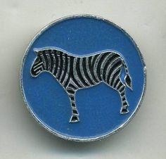 VINTAGE zebra  ART DECO PRIMITIVE metal Badge Pin