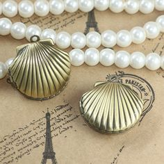 2pcs Wholesale 22*19mm Lovely Shell-shaped PHOTO LOCKET ANTIQUE BRONZE Necklace Pendant&Charm Findings for DIY Jewelry Making #Affiliate