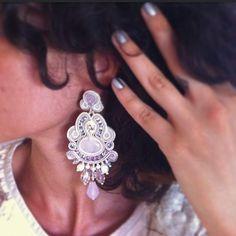 """Páči sa mi to: 154, komentáre: 7 – A.del® by Alessandra Del Vitto (@adelslaboratory) na Instagrame: """"How to act like a princess vol.1 👸💕 #adelslaboratory #alessandradelvitto #soutache #earrings…"""""""