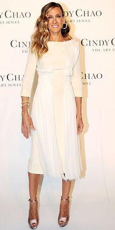 Love this Sarah Jessica Parker look. Classic and elegant
