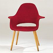 Organic Armchair by Eero Saarinen + Charles Eames in the @vitradesignmuseum