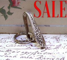 SALE Key Finder Purse Hook Handcrafted Vintage Silverplate Spoon Handle Wm Rogers JUBILEE 1950s Upcycled Silverware Flatware Purse Bling